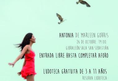 """Proyección de la película """"Antonia"""""""